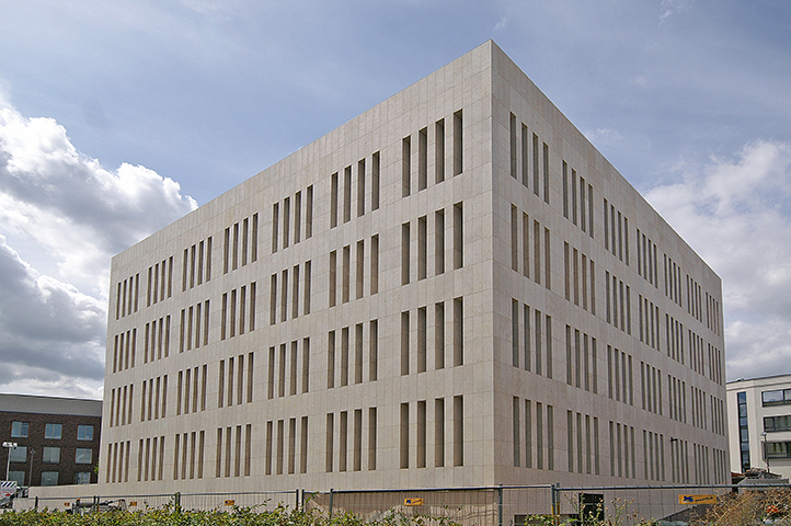 Generalkonsulat, Konrad-Zuse-Straße, Frankfurt a. M.