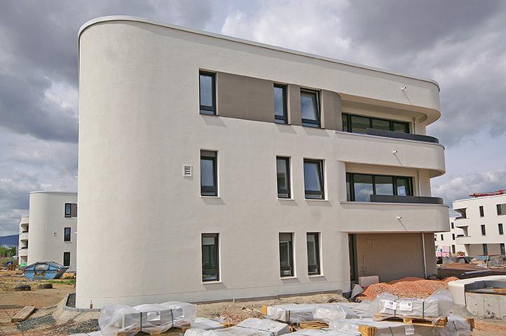 Riedberg – Westflügel, 12 freistehende Mehrfamilienhäuser und eine Tiefgarage, Leberecht-Migge-Anlage, Mart-Stam-Straße, Ilse-Bing-Straße in Frankfurt am Main