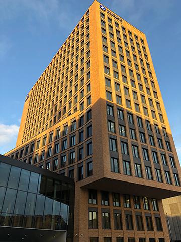 Bürohochhaus West 1 an der messeköln